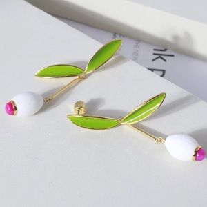 kate spade white lillies statement earrings
